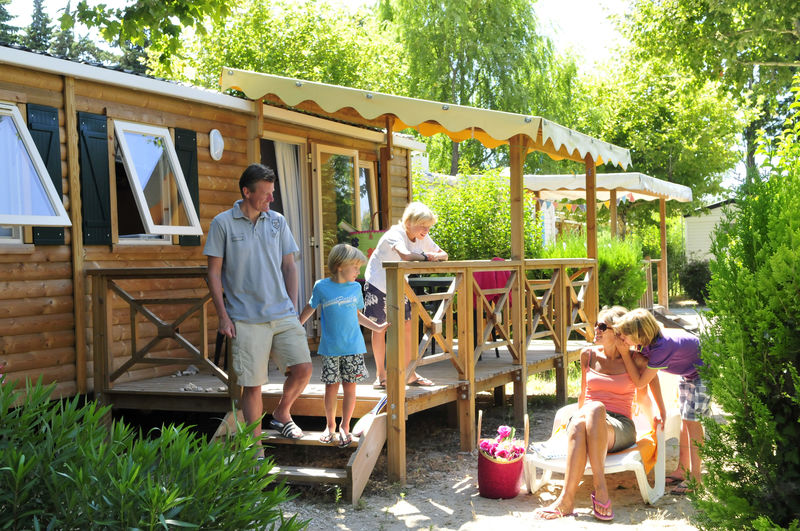 Camping capfun dans le vaucluse camping and co argeles