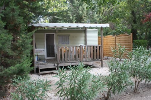 Mobilhome a vendre dans camping 17
