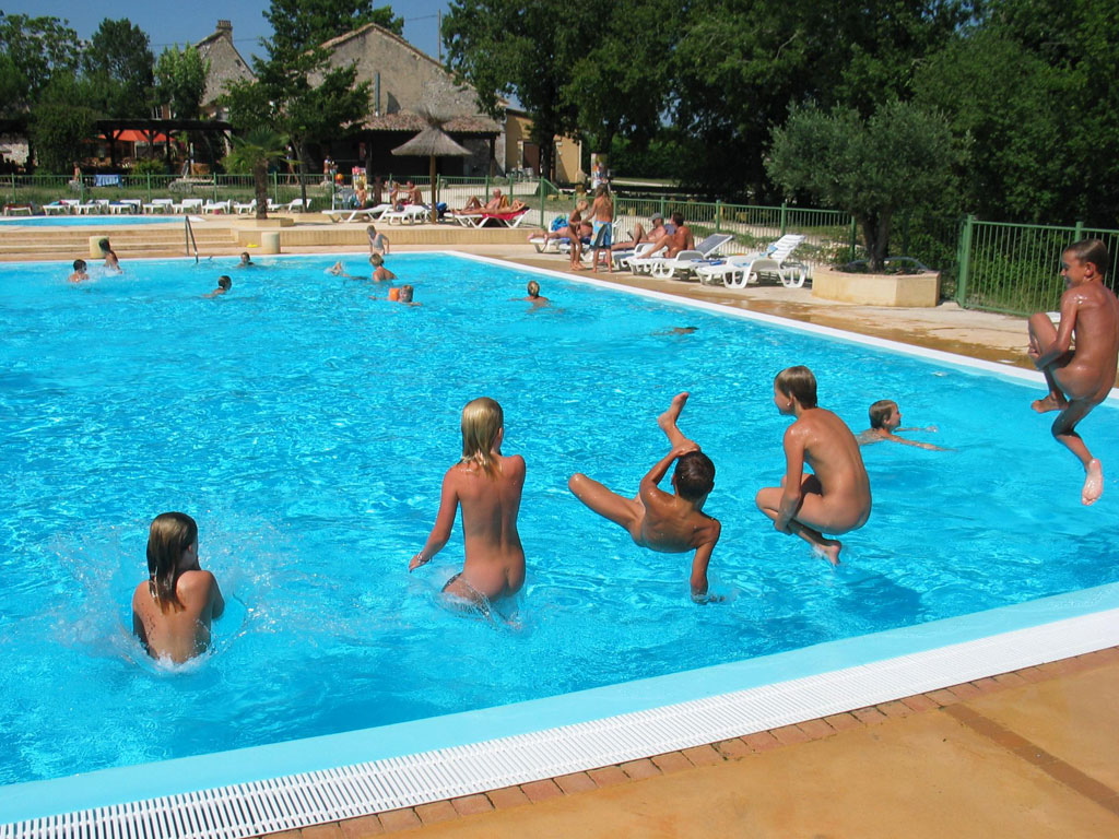 Camping naturiste france