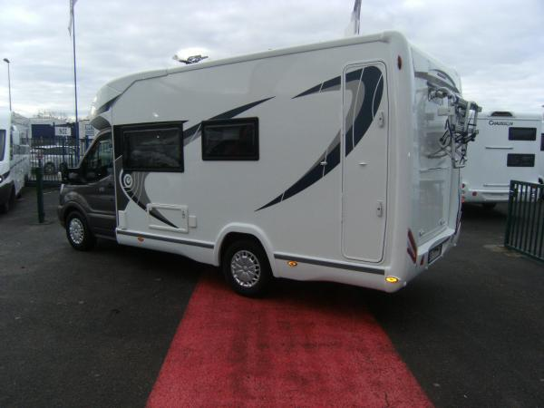 Camping car chausson 610