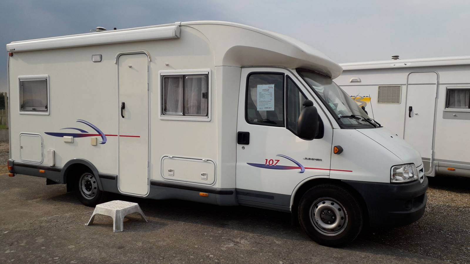 Camping car challenger 107 occasion