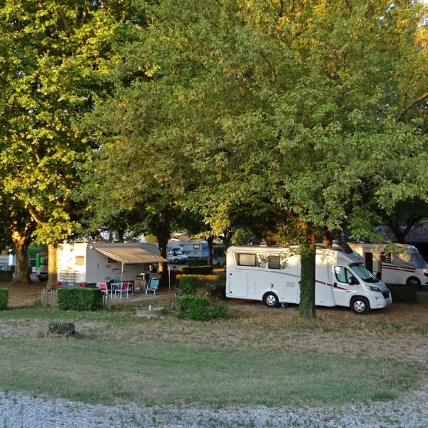 Camping car tain l'hermitage