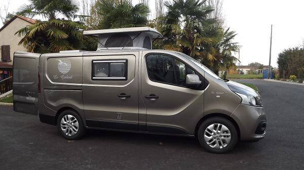 Camping car renault master d'occasion