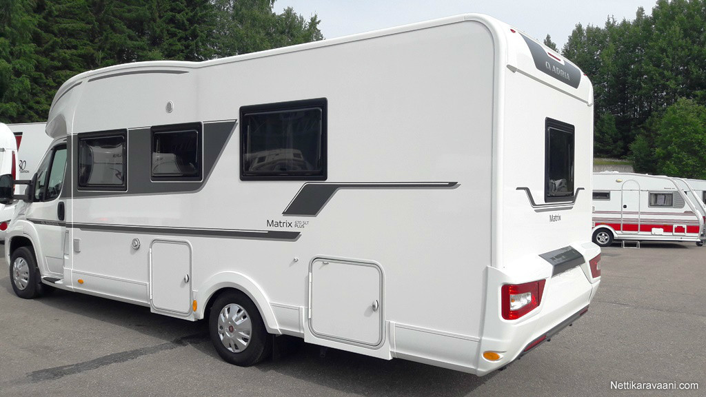 Camping car adria matrix plus 670 slt