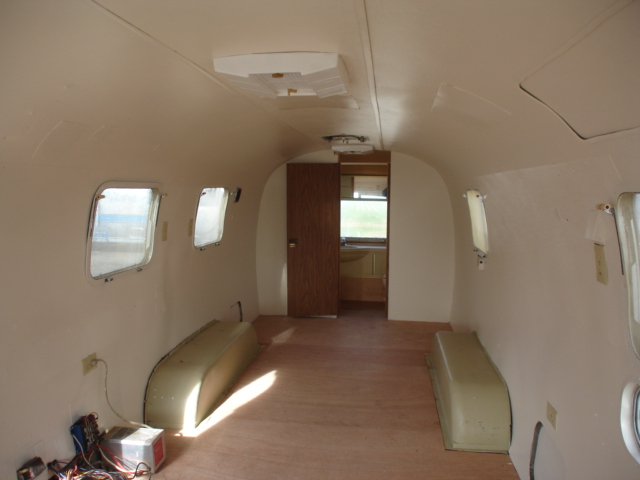 Caravane airstream interieur