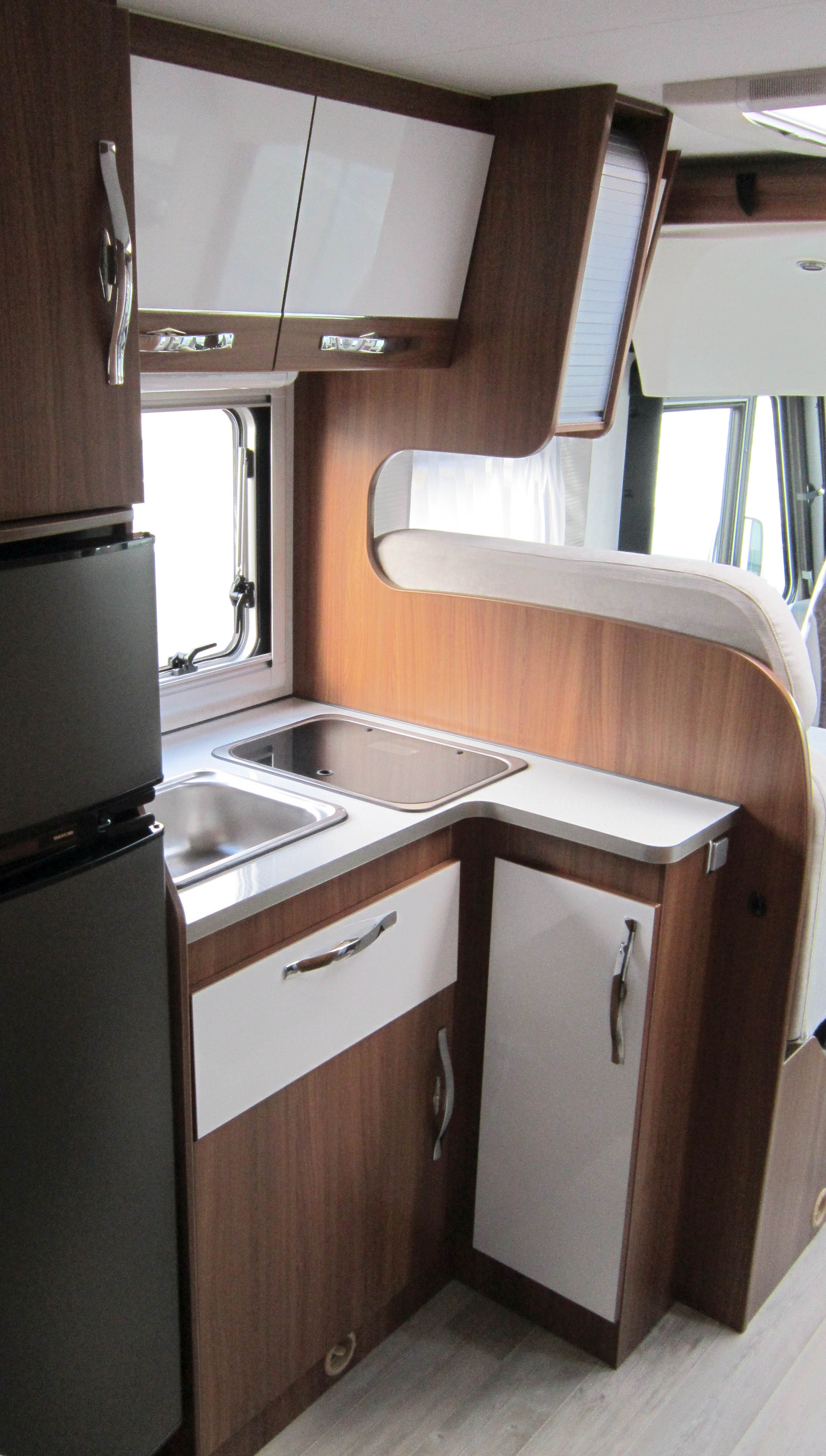 Camping car integral mooveo occasion