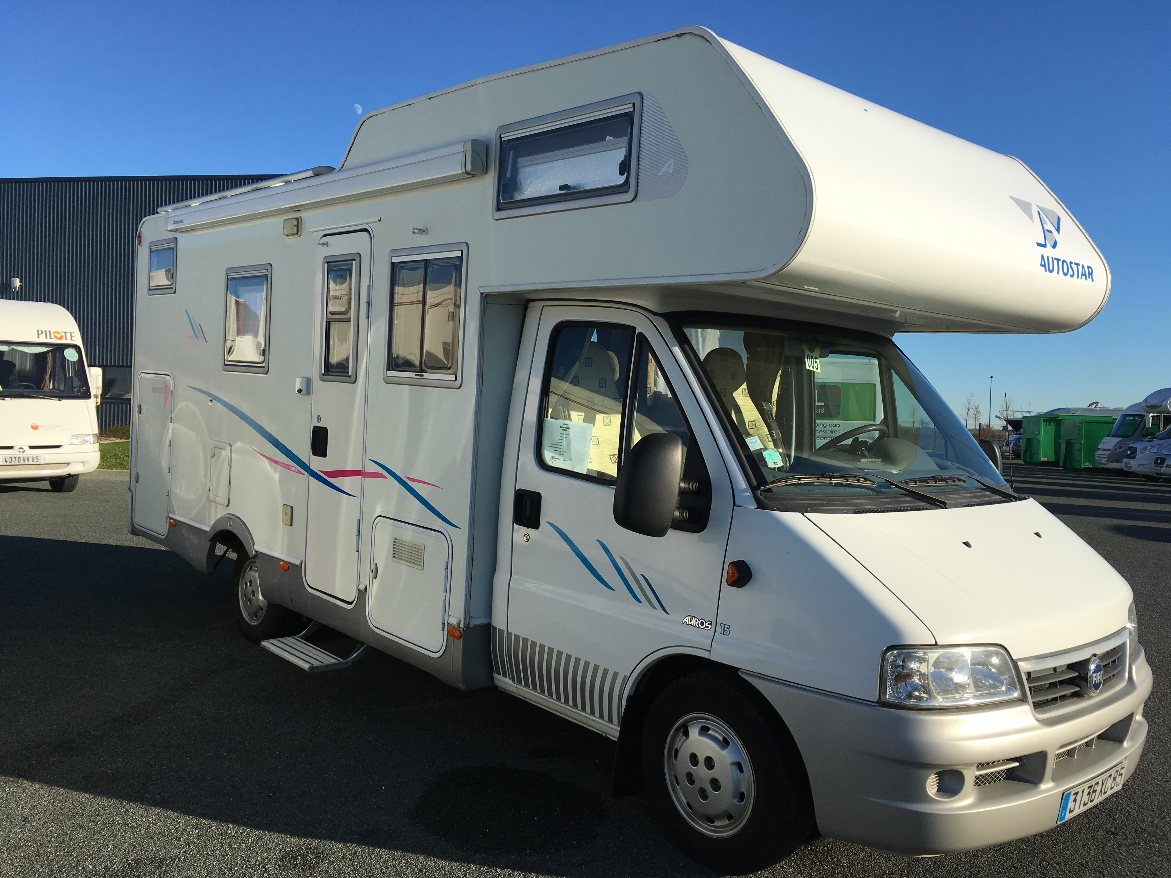 Camping car occasion benet 85