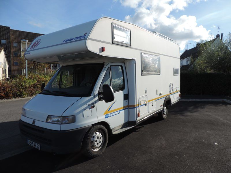 Camping car 6 places occasion pas cher