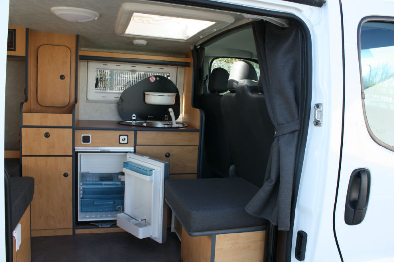Amenagement opel vivaro en camping-car