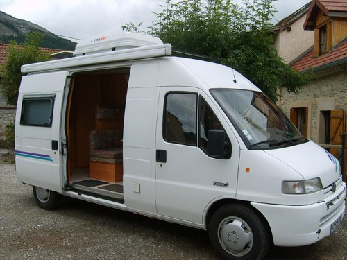 Camping car fourgon adria occasion