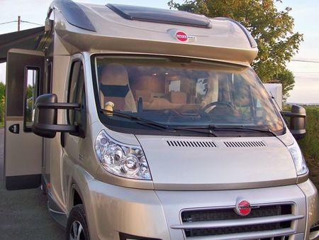 Camping car ixeo plus burstner
