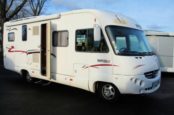 Camping car occasion avec attelage