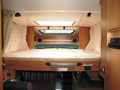 Lit pavillon camping car