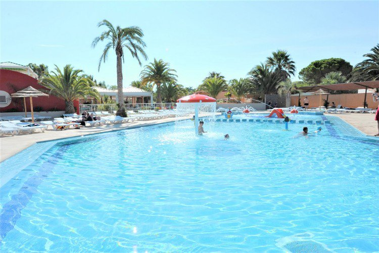 Camping oasis espagne camping espagne le mont blanc
