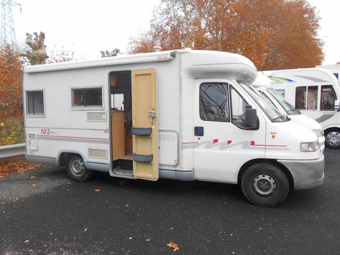 Camping car challenger 102 occasion