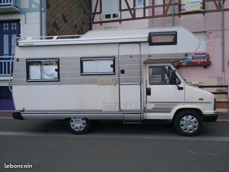 Camping car occasion c25 td