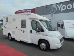 Camping car occasion rapido profile lit central