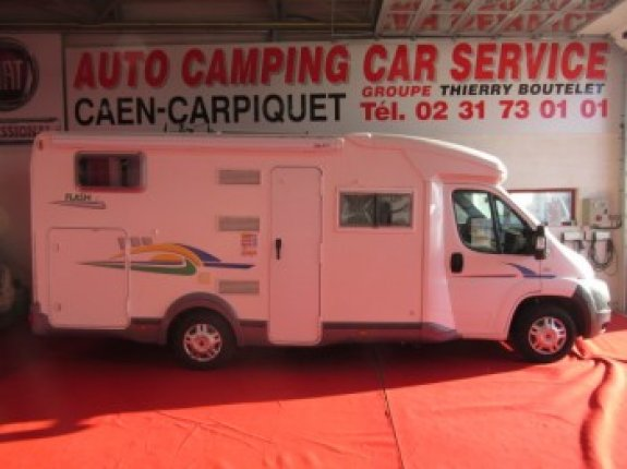 Camping car chausson flash 10