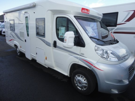 Camping car fleurette chipeau 4 occasion