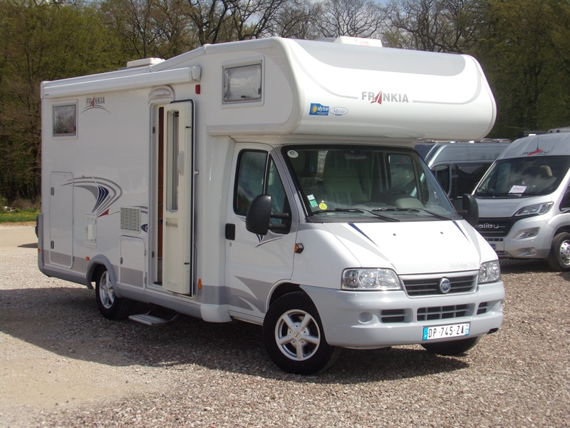 Camping car occasion vieux charmont