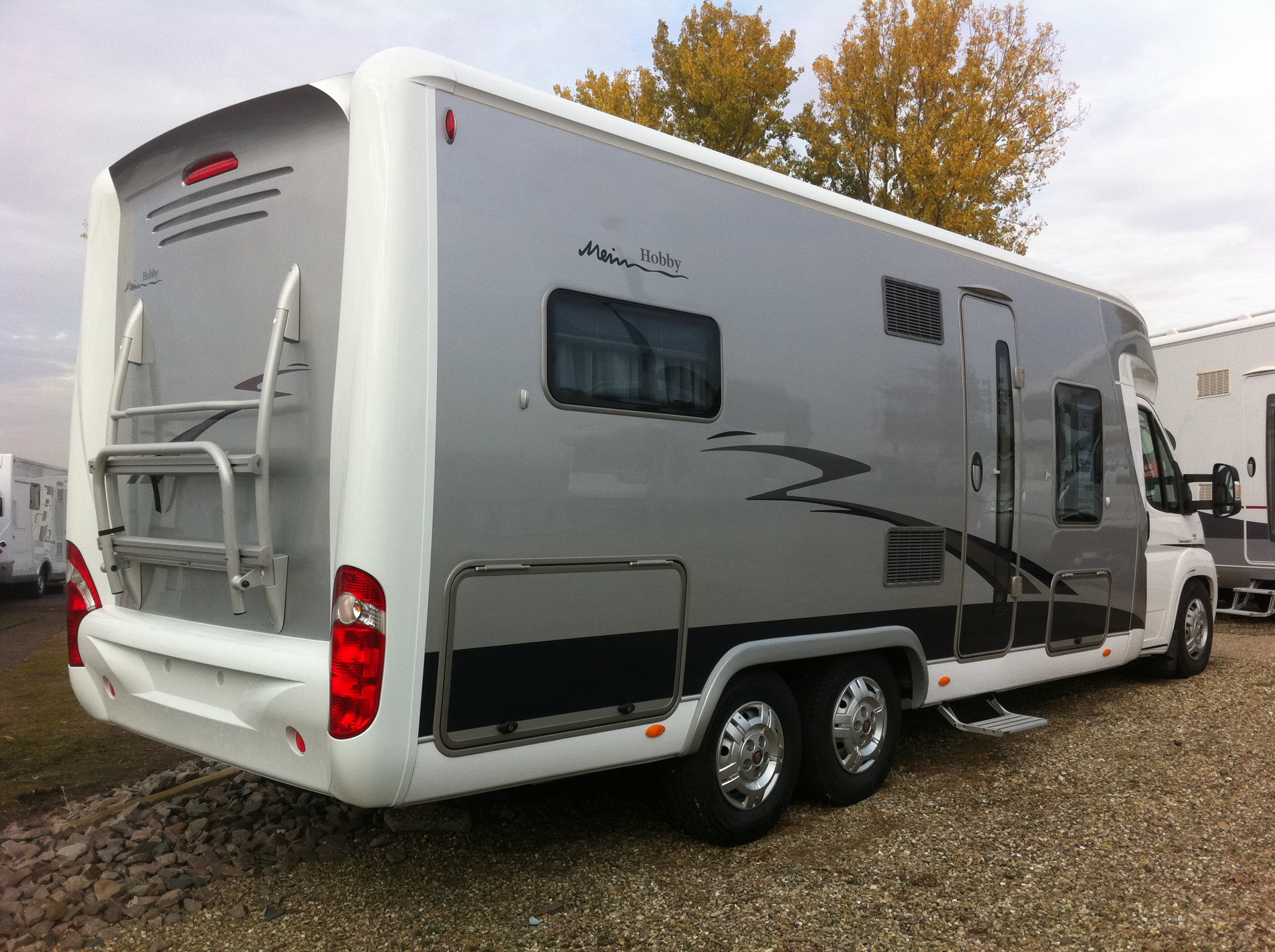 Camping car double essieux d occasion