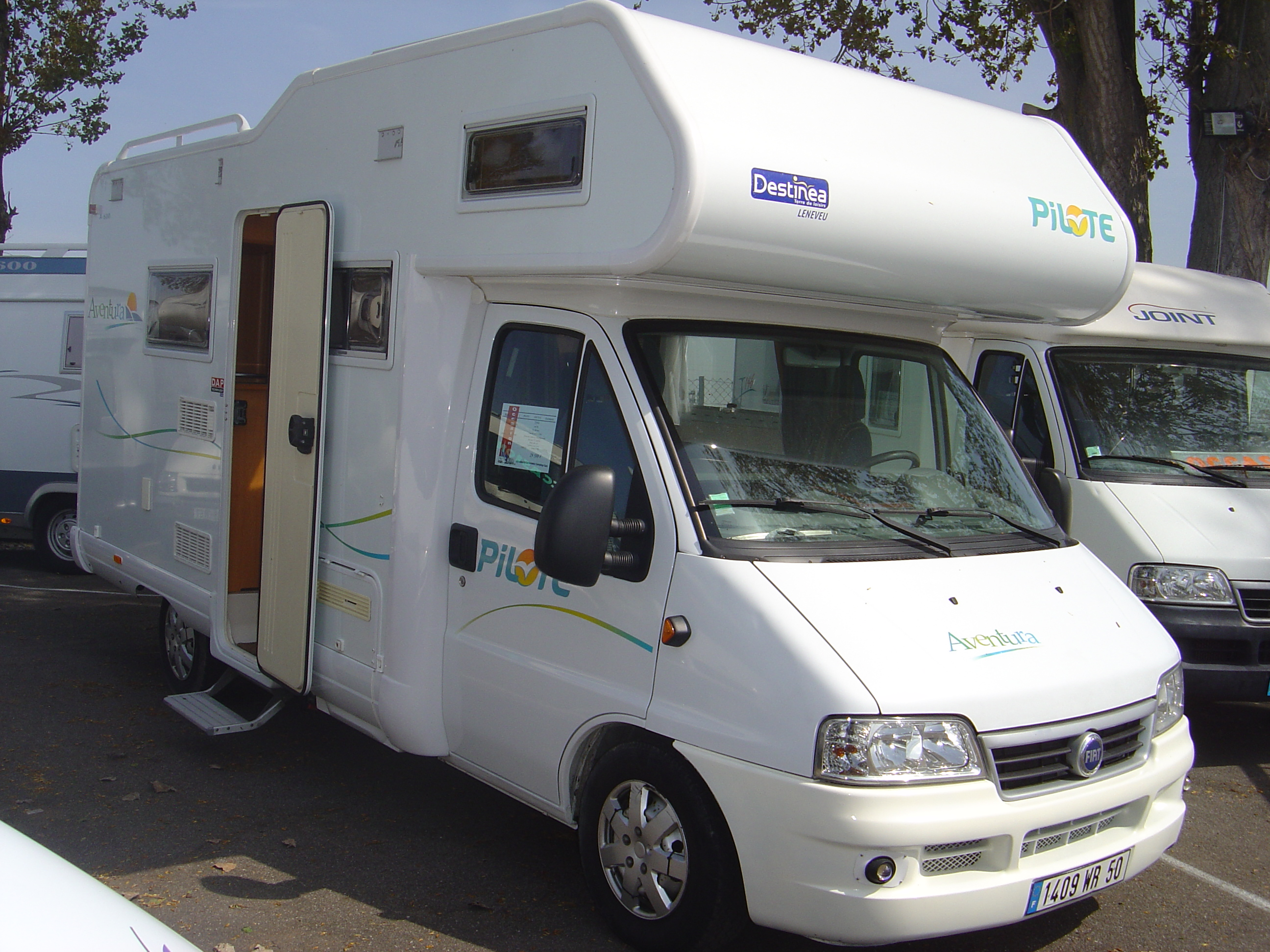 Camping-car pilote occasion