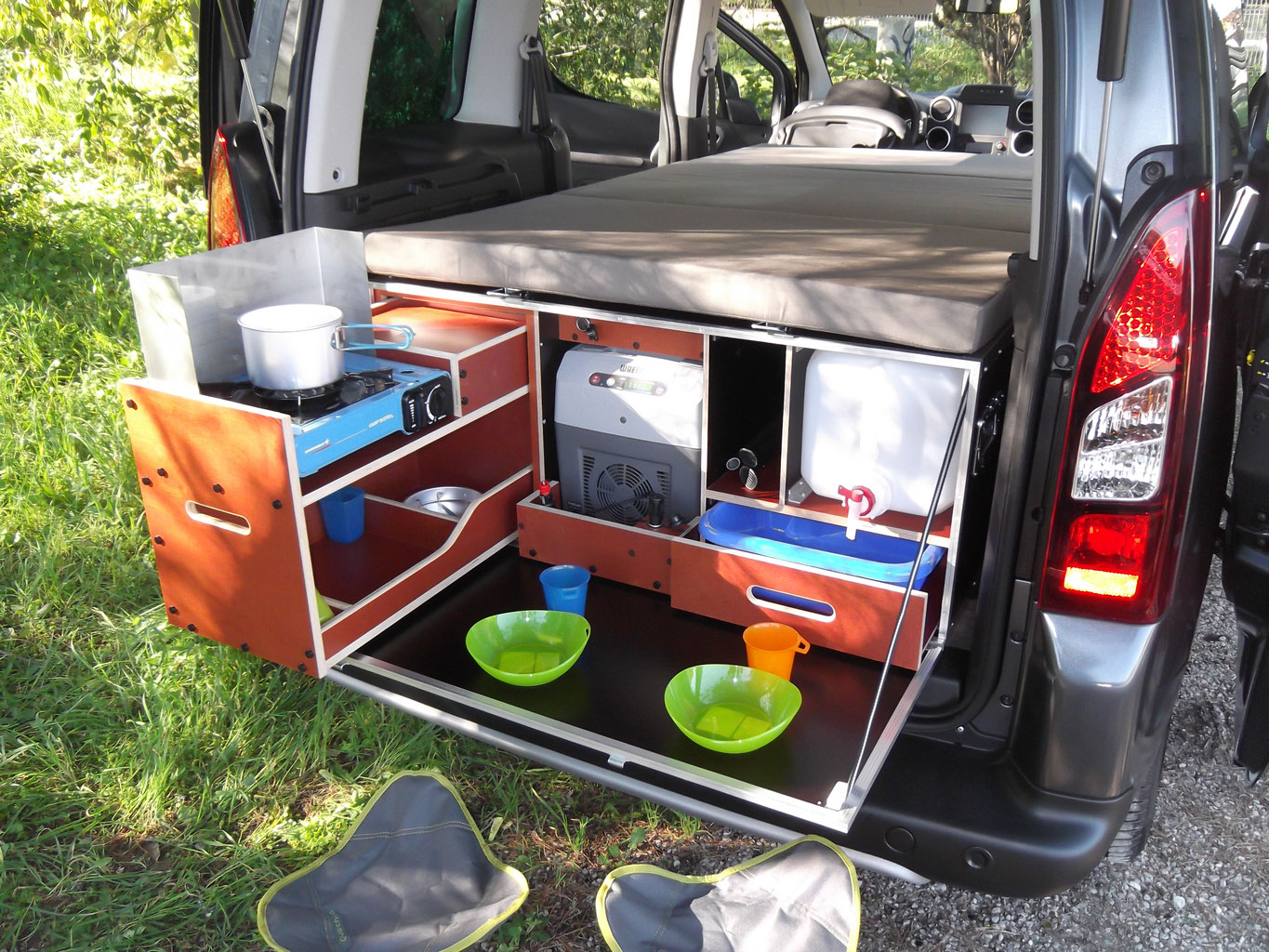 Amenagement berlingo en camping car