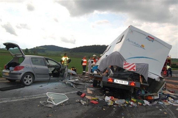 Camping car accidente occasion