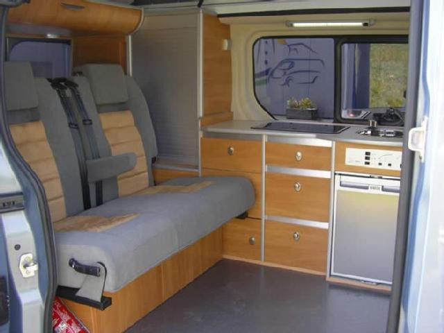 Amenagement camping car renault trafic