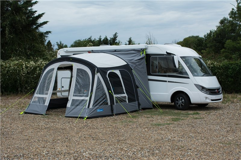 Auvent gonflable kampa pour camping car