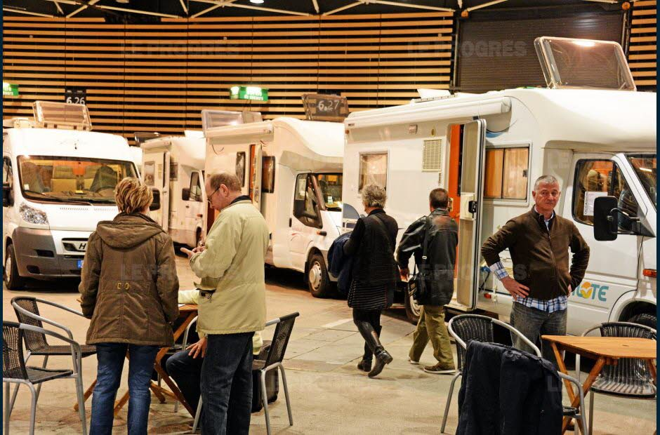 Salon occasion camping car lyon