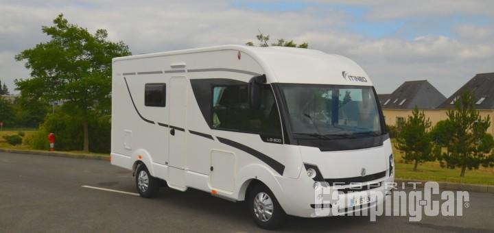 Camping car integral court