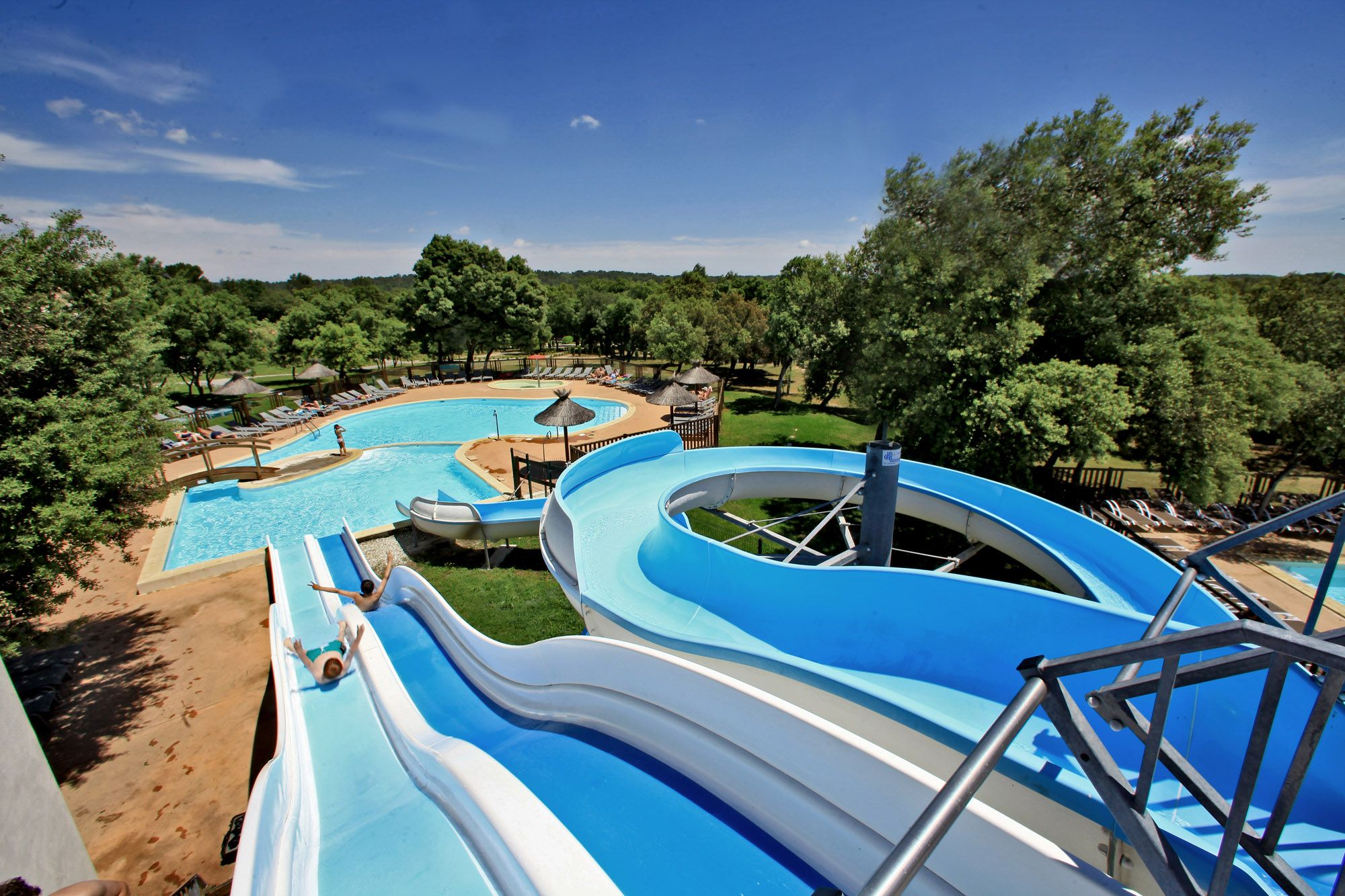 Camping uzes camping corse avec transport