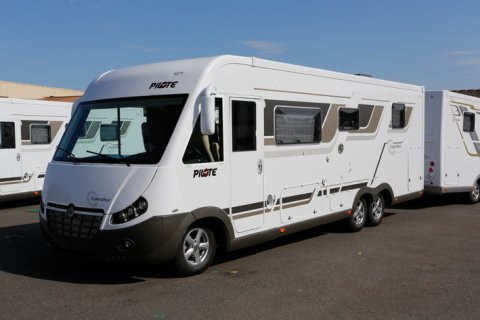 Camping car occasion pilote explorateur