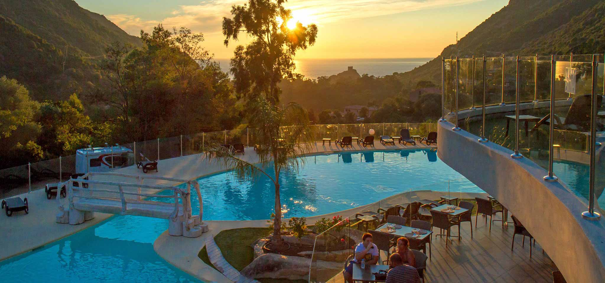 Camping corse entre mer et montagne camping taxo les pins