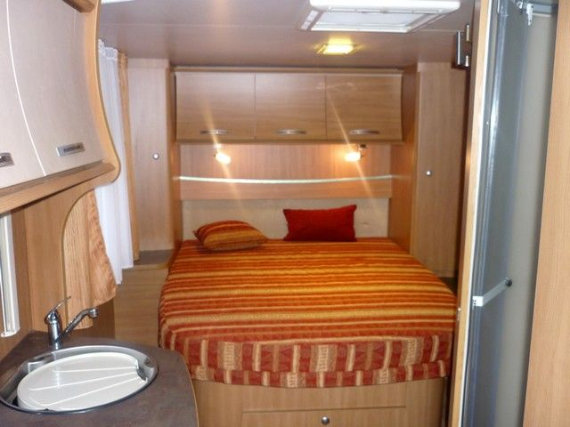 Camping car génésis 42 plus lit central
