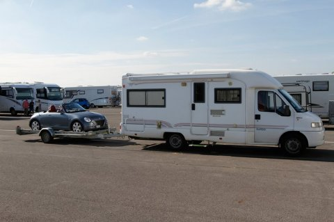 Camping car avec voiture