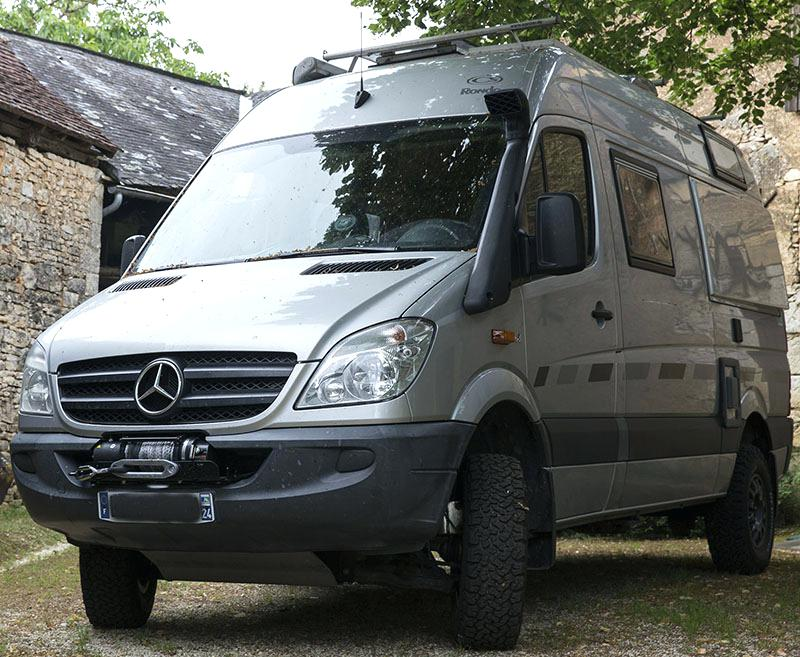 Camping car fourgon 4×4 occasion
