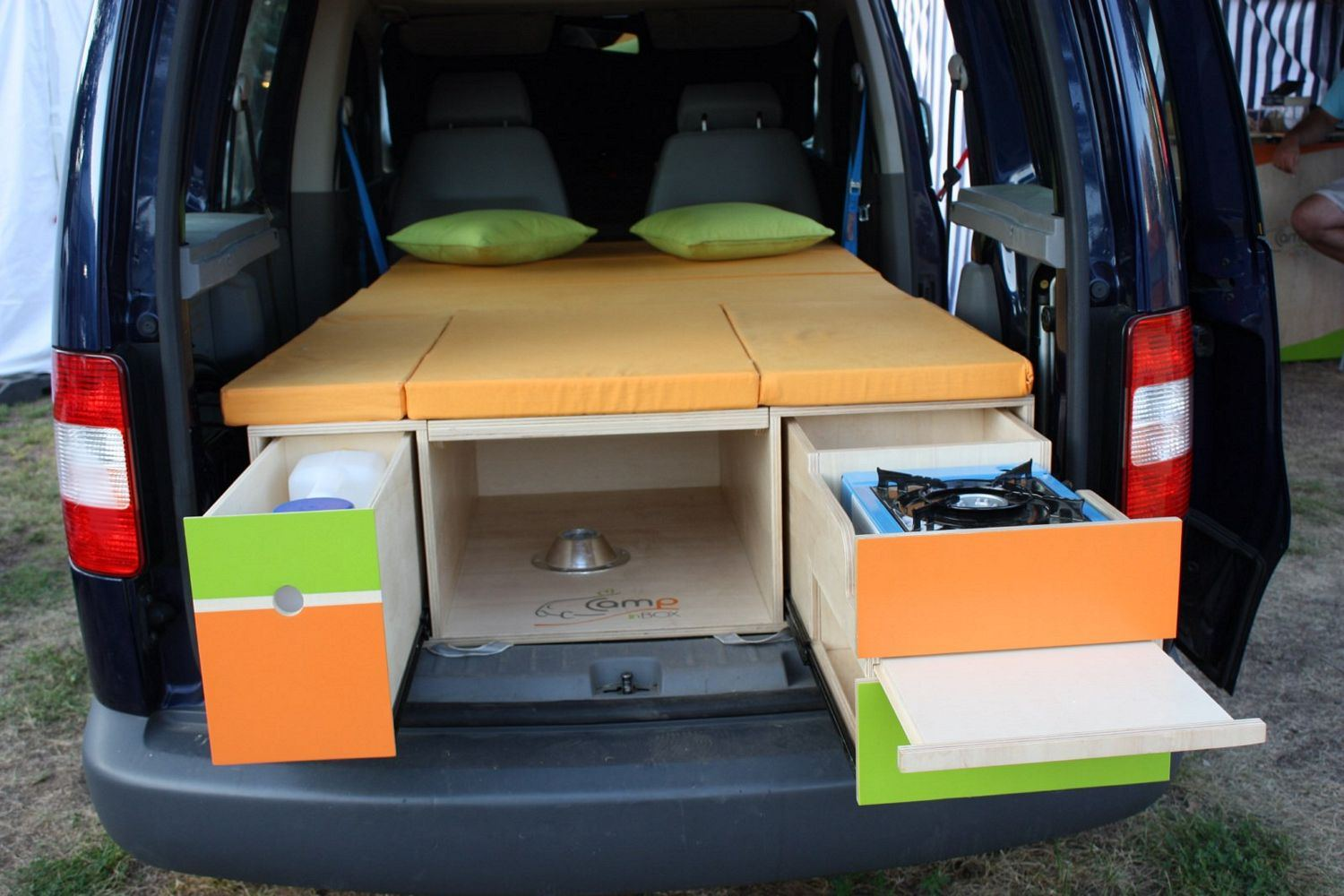 Amenagement d un kangoo en camping car