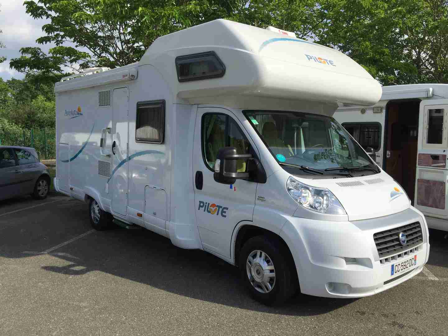 Camping car pilote 600 occasion