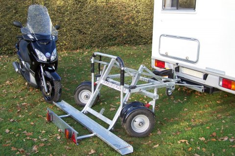 Remorque scooter pour camping car